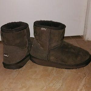 EMU booties